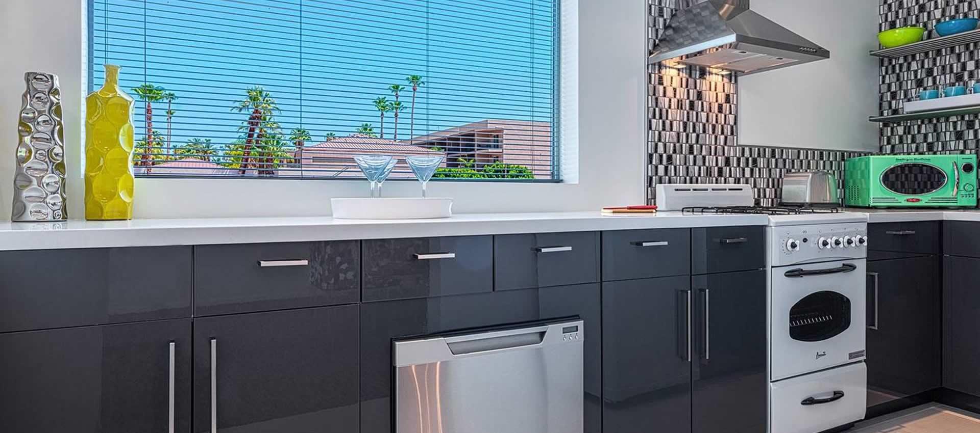 twist-hotel-room107-kitchen