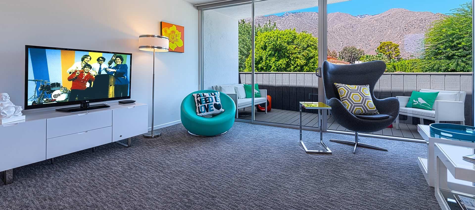 twist-hotel-room207-frontroom