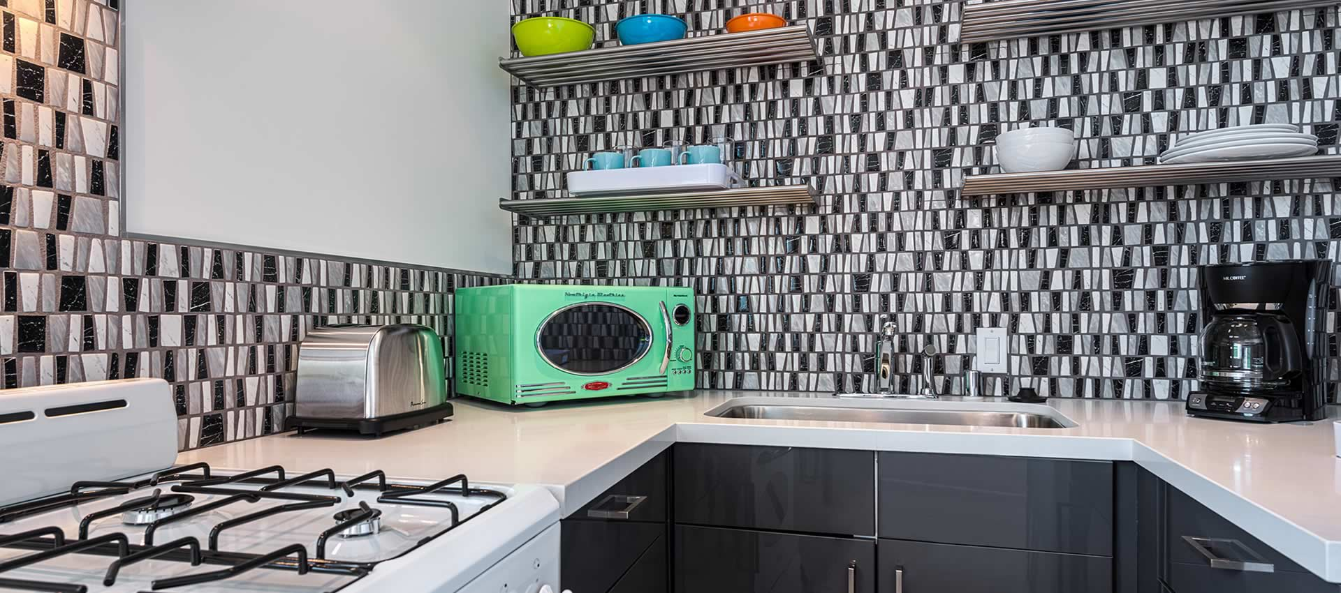 twist-hotel-room207-kitchen