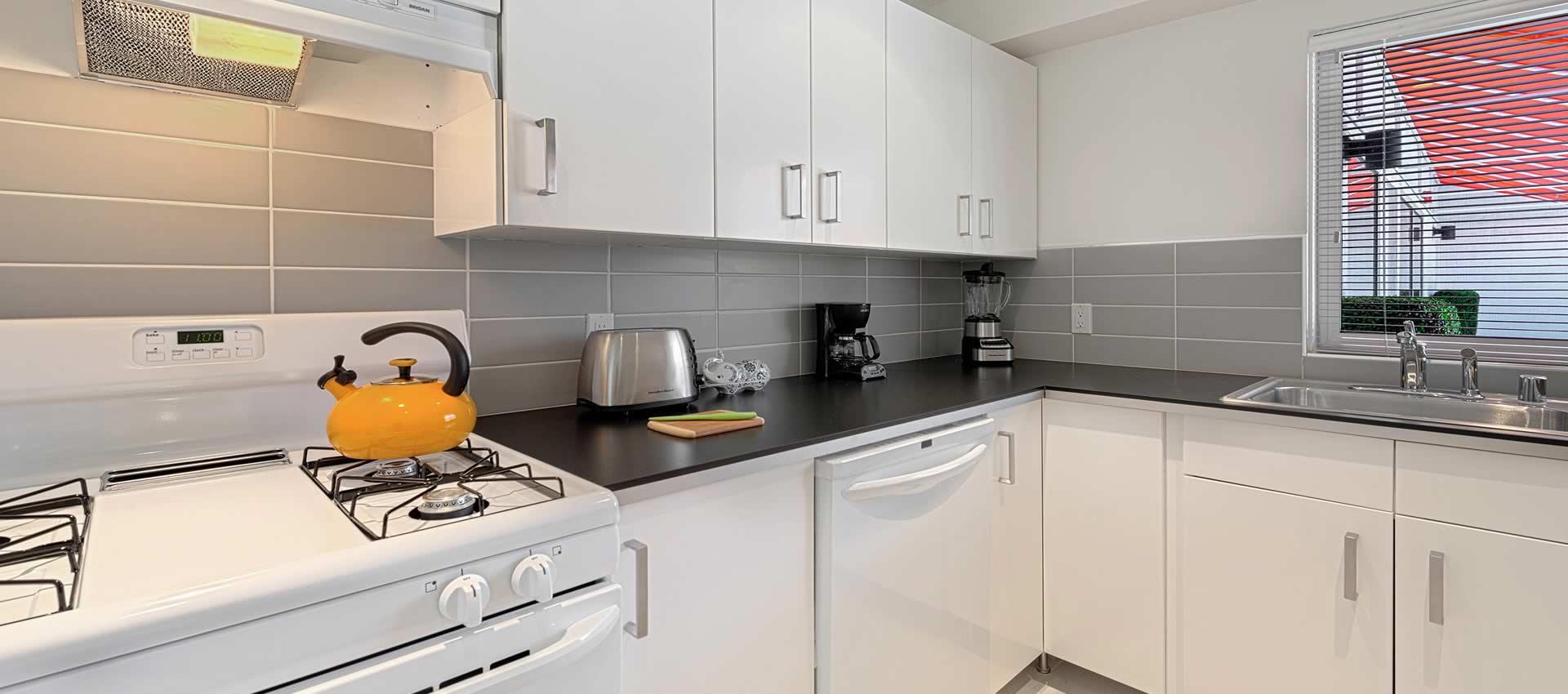 twist-hotel-room217-kitchen