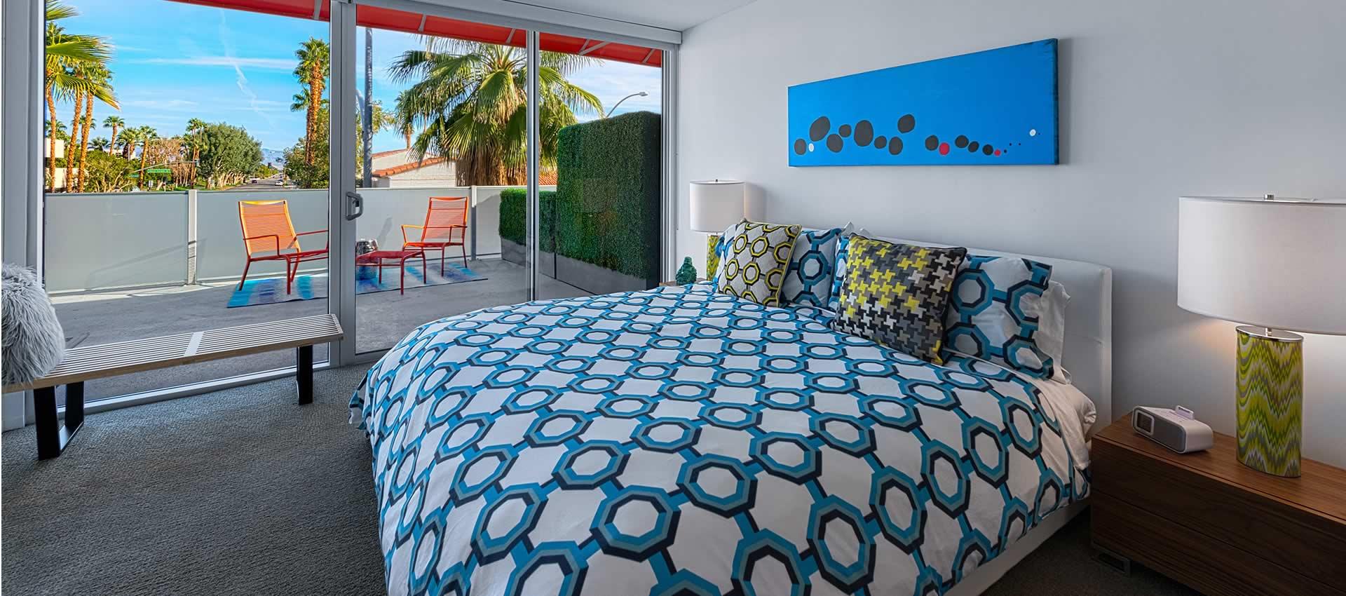 twist-hotel-room218-bedroom