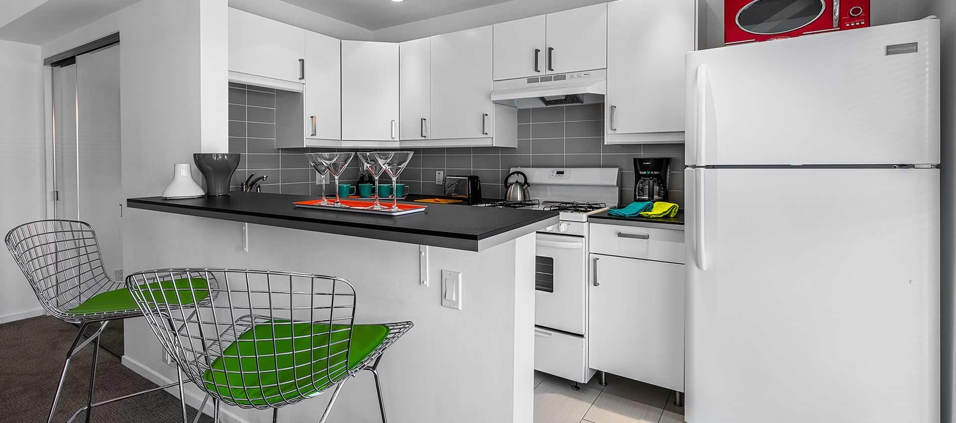 twist-hotel-room221-kitchen