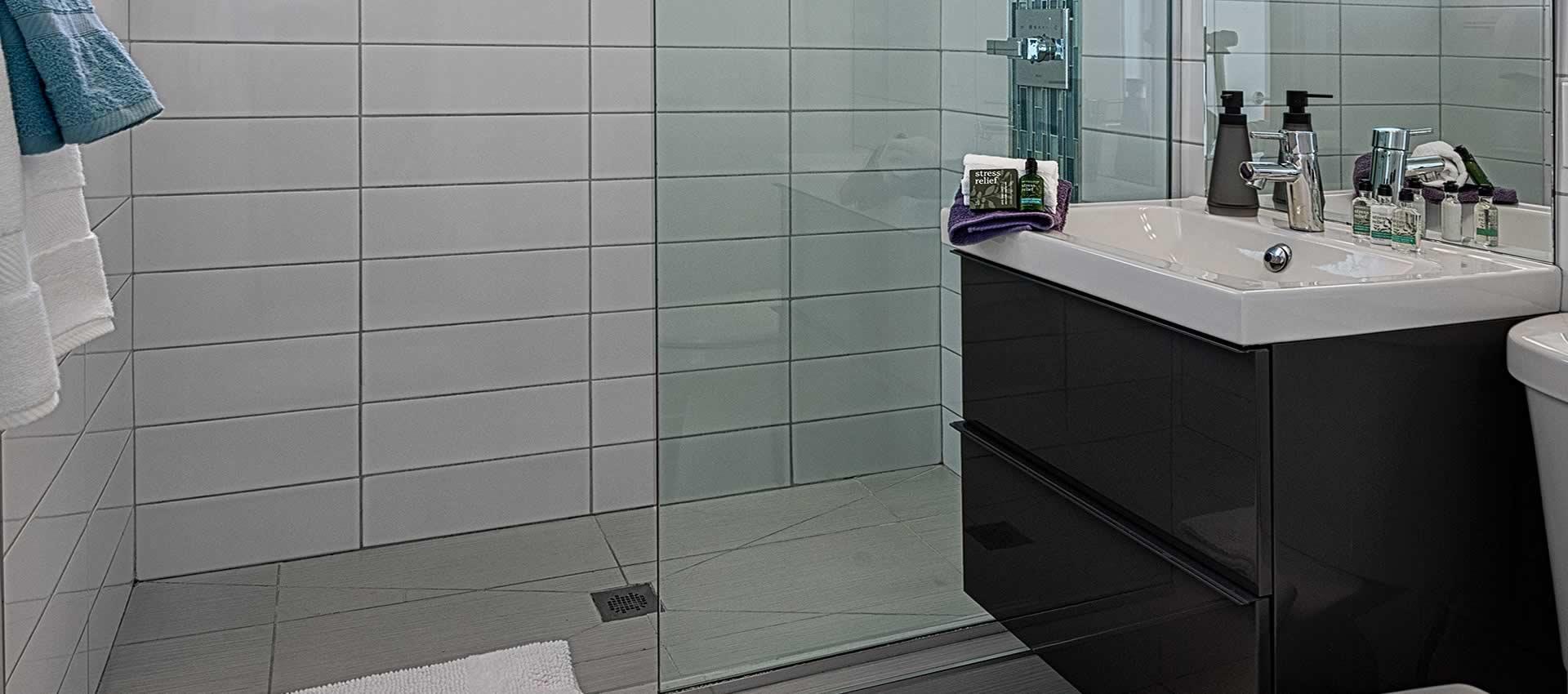 twist-hotel-room222-bath
