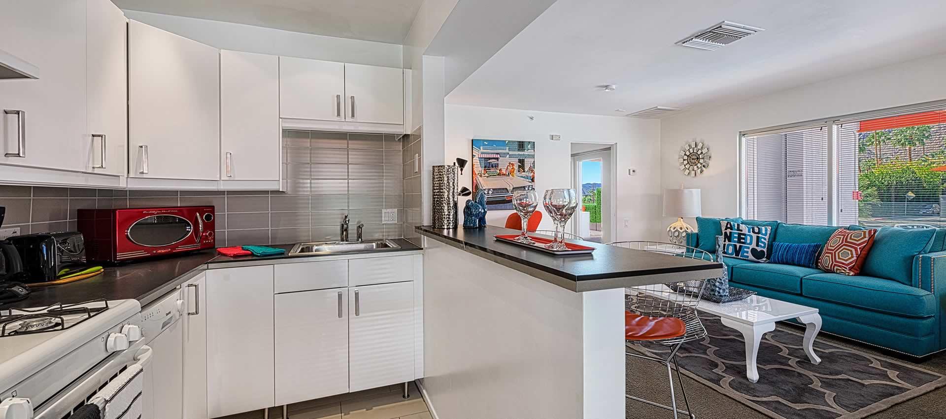 twist-hotel-room222-kitchen